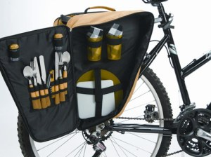 Picnic set for two - bicycle pannier